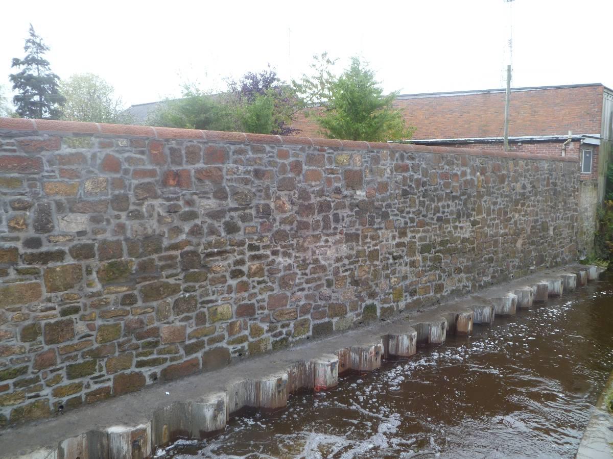 Cumnock Wall